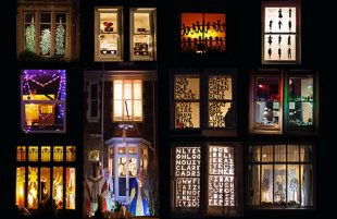 Frome's Window Wanderland returns!