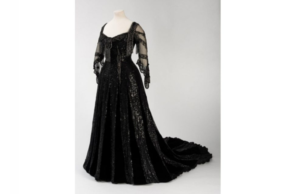 Royal Women exhibition leads to exciting discovery of missing Queen Alexandra dress
