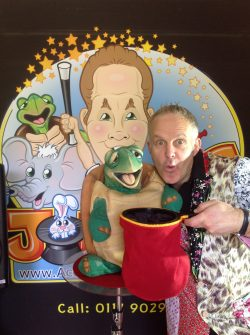 Johnny G Bristol Children's Party Entertainer & Kid's Magician