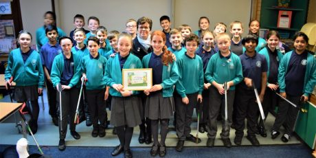 School children presented with award for local litter pick